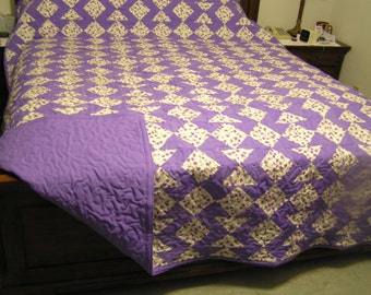 KING SIZE QUILT - Devils Claw Design