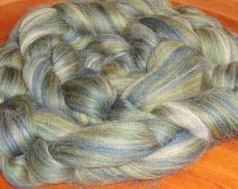Merino Wool Roving Loch ness - 3.8 to 4.2 ounces