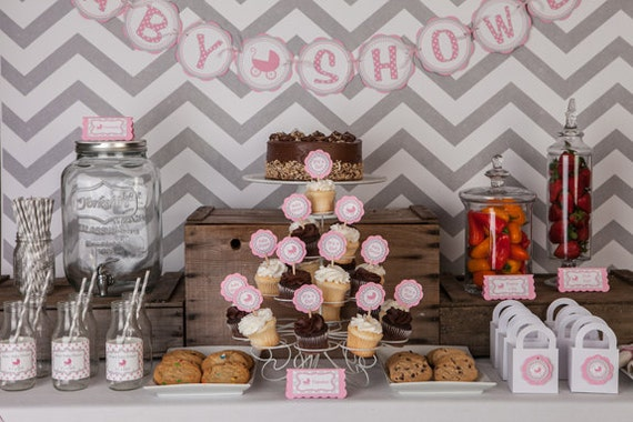 Baby Shower Decorations - BABY SHOWER Banner Party Sign, It's a Girl Baby Shower Decoration, Baby Shower Banner with Pink and Grey Carriage