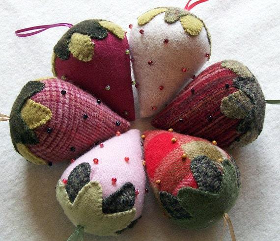 Beaded Berries - Wool Strawberry Pattern - #BB12