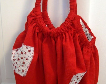Giant Hoito Bag - Red with bug print lining