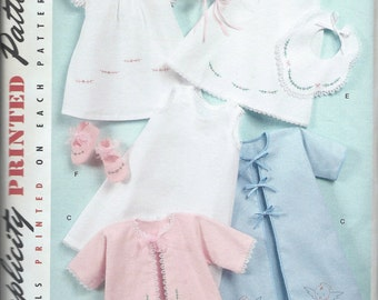 Simplicity No. 2900 : Babies Layette and Bonnet in Three Sizes
