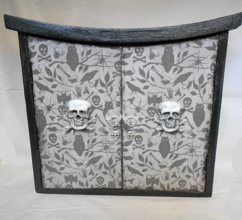 gothic home decor gothic cabinet skull and crossbones. Black Bedroom Furniture Sets. Home Design Ideas