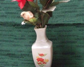 Vintage White Floral Vase Avon Imari Extraordinaire
