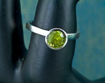 Round Peridot Birthstone Argentium Stacking Ring, August Birthstone Ring