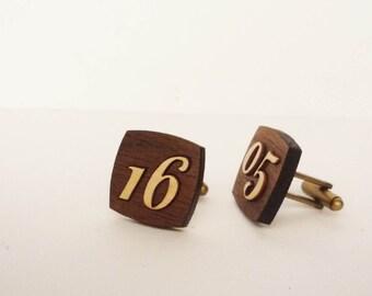 Custom Cufflinks (date or numbers)