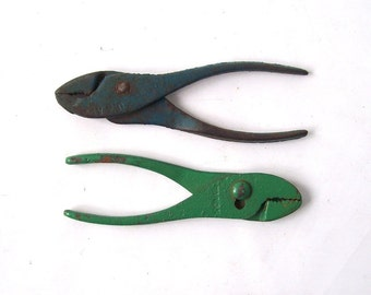 vintage lot of pliers tools mens collection handy man industrial green blue mid century retro antique old tool usa