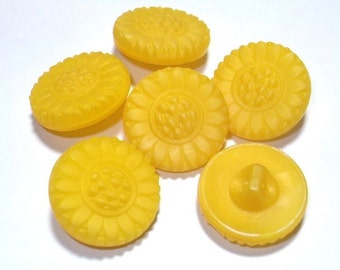 Yellow Sunflower Glass Vintage Buttons 19mm Set 6 Sewing Buttons