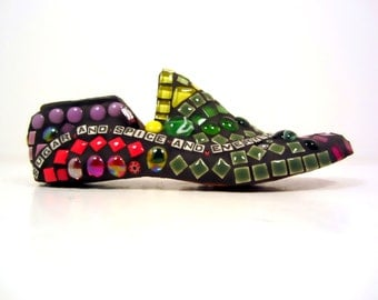 Mosaic gift for girls or those who love girls--mosaic shoe SUGAR & SPICE poem. shower or baby gift for girls bedroom . TAGT red green purple