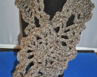 Hand-Crocheted Handspun Jacob Wool Pineapple Moebius ScarfCowl