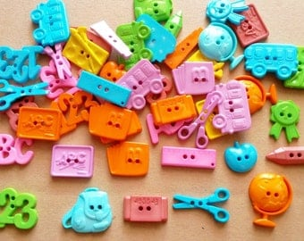 30 pcs Cute mix stationery button 2 hole assored