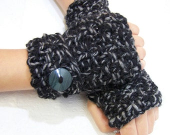 Wool Chunky Knit Fingerless Mittens, Black and Gray Fingerless Gloves, Button Cuffs, Knit Armwarmers in Black and Gray, Back to School