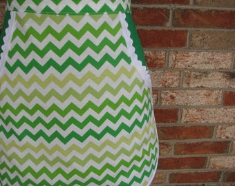 Christmas Apron Sale   Ladies Green Chevron Half Apron - Free Shipping