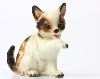 Napco Grooming Calico Cat Ceramic Figurine 1274