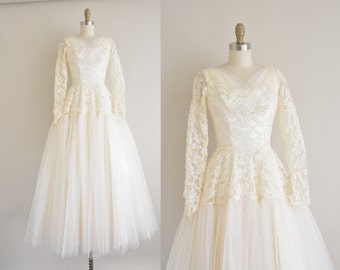 vintage 1950s wedding dress / ivory lace 50s wedding dress  / She's The One