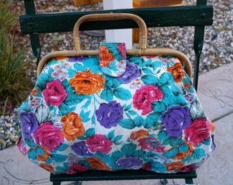 Vintage 70s Floral Fabric Tote Bag  1970s ROSES Fabric Handbag with Rattan Handles