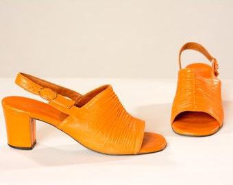 Vintage 1960s Orange Leather Shoes - 1970s Slingbacks Summer Fashions