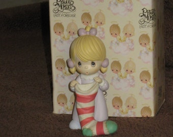 PRECIOUS MOMENTS ~Girl Holding Red / White Stocking Figurine ~ Orig.Box 1995