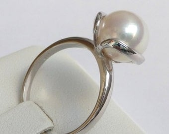 White Gold Pearl Engagement Ring Pearl Ring promise ring anniversary ring 10mm white smooth pearl