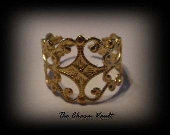 10 Brass Filigree Ring Jewelry Findings Antique  Brass Art Deco (PH-6)