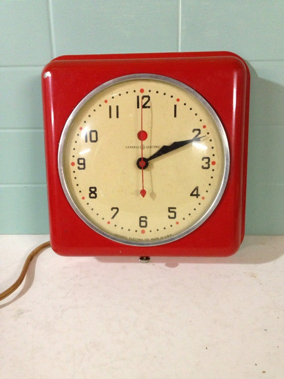 Red Vintage Ge Electric Kitchen Clock