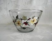 Serving bowl, hand painted serving bowl, large serving bowl, serving bowl with white flowers and red berries, kitchen bowl