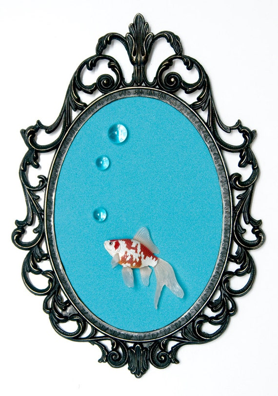 Goldfish with Bubbles Mounted in Victorian Frame - 3D Wall Art Decor 7x10in