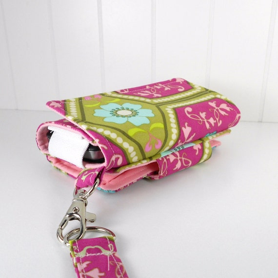 The Errand Runner - Cell Phone Wallet - Wristlet - for iPhone/Android - Berry Reflections/Pink