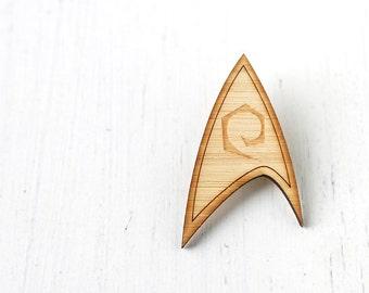 Star Trek Operations Engineering Division Insignia, Geeky Laser Cut Brooch as worn by Scott
