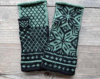 Green and Black  Fingerless Gloves - Scandinavian fingerless gloves with stars - Green and Black Gloves nO 3.