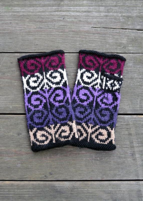 Hand-knit Purple  Fingerless Gloves - Fashion Fingerless Gloves - Fall Fashion - Womens Fingerless Gloves - Bohemian Accessories  nO 9.