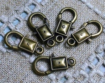 8pcs Clasp Lobster Claw Antiqued Brass Finished Pewter 22x12mm Smooth Rectangle Design