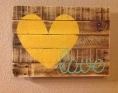Love Pallet Sign - FancifulShenanigans
