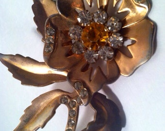 STERLING Floral Flower 1920 30s Antique Pin Brooch Rhinestones Vermeil Precious Antique Yellow Citrine Stone Faceted artedellamoda
