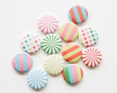 Buttons - Circus Fun (set of 15)