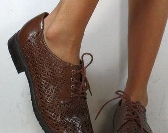 Vintage grunge granny barn boot womens tooled brown oxford pixie lace up woven 10 M B