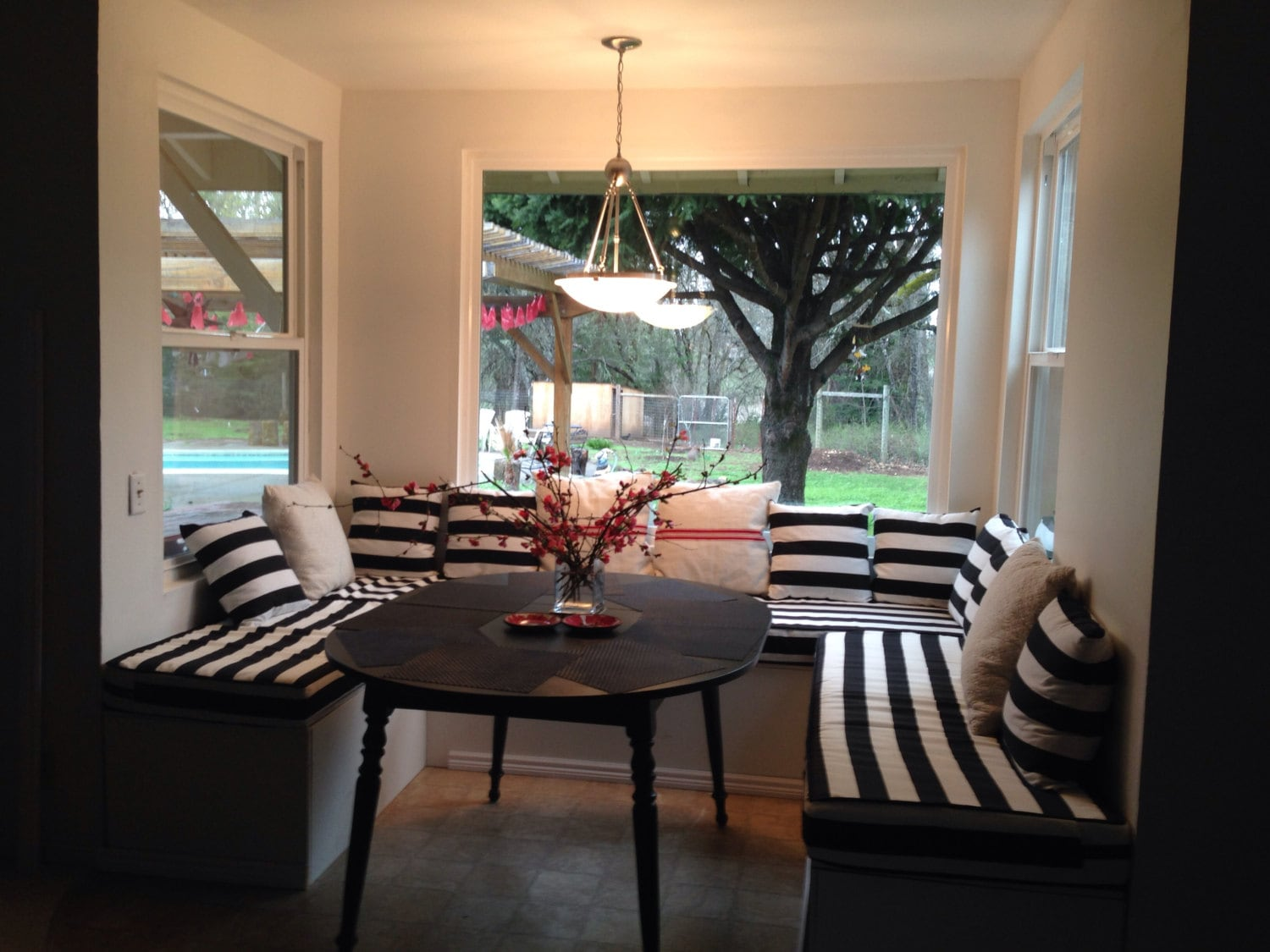 Custom Breakfast Nook Banquette Cushions and Covers