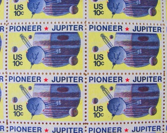 Space is the Place 50 Vintage UNused US Postage Stamps 1970s Pioneer Jupiter 10 Cent Scott 1556 Planets Satellite Astronomy Science Fiction