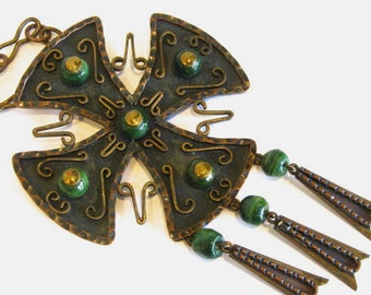 Vintage 60s Mexican Modernist Hand Wrought Copper & Glass Studio Jewelry Maltese Cross Necklace