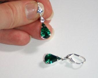Vintage Swarovski Emerald green crystal pear dangle silver plated earrings