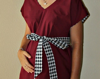 LINED Roll Tide Maternity Hospital Gown - Solid Color Lined in Houndstooth - University of Alabama Colors - by Mommy Moxie on Etsy