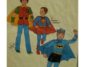 Batman, Superman Costumes Pattern, Robin, DC Comics Characters, Vintage 1970s, Simplicity No. 8714  Size 4 6 OR Size 7 8