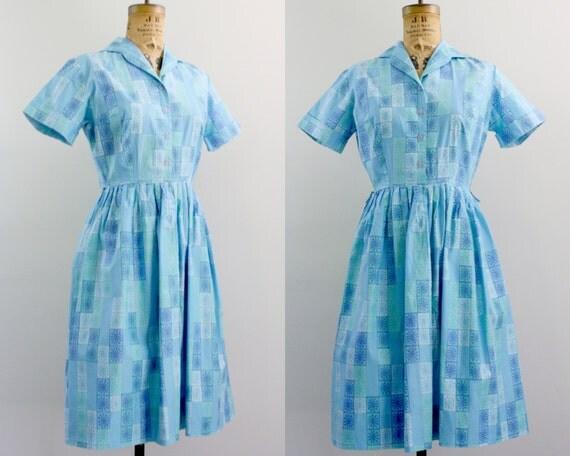 50s shirtwaist dress / 1950s day dress / blue cotton dress m