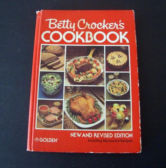 Betty Crockers COOKBOOK 1980 New Revised Copyright 1978-Great Vintage Cookbook