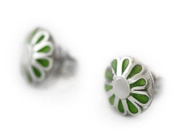 Floral  bridel studs earrings in kelly Green enamel and 14k white gold- beautiful  post earrings