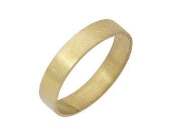 4mm Handsome Brushed Finish Wedding Band Yellow Gold