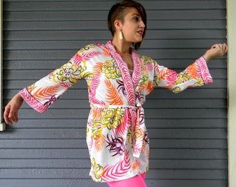 Vintage 60s 70s Psychedlic Flower Power Dressing Gown ROBE w Flower Power Pattern in Neon Orange, Hot Pink, Green, Brown, Yellow, Purple - S
