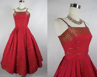 1950's Vintage Red and Gold Cotton Day Dress