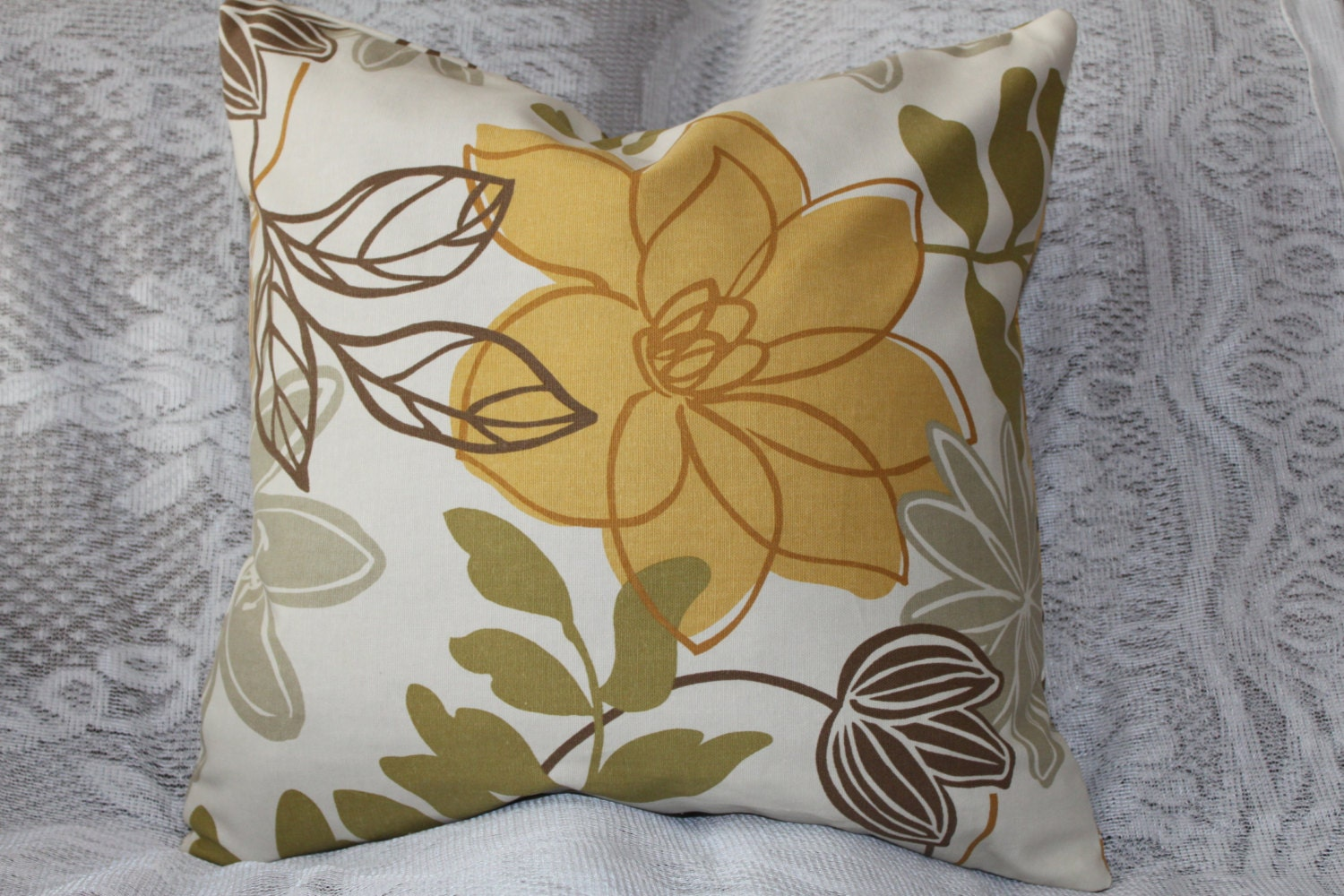 Throw Pillow Cover Pattern With Zipper : Decorative Pillow Cover Zipper Closure Throw by SewHomeDecor