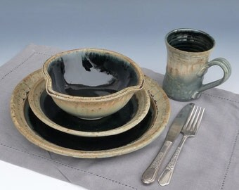 Pottery Stoneware Dinnerware Place setting - Woodland